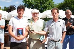 Le podium du net 1re série : de droite à gauche : Jean-Luis Aragon, Pierre-Michel Bonnot et Tristan Vey