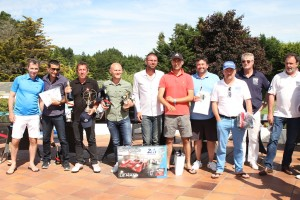 Thierry  Arnaud, Patrice Roubaud, Tanguy Bernier, Stéphane Grammont et Philippe Joubin qui encadrent les quatre lauréats, avec Jean-Jacques Cavalin (Nikon) ont trusté les accessits.