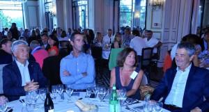 A la table d'honneur,  Armel Le Cléac'h avec Xavier de Zuchowitz, Véronique Cussey et Bruno Saby.